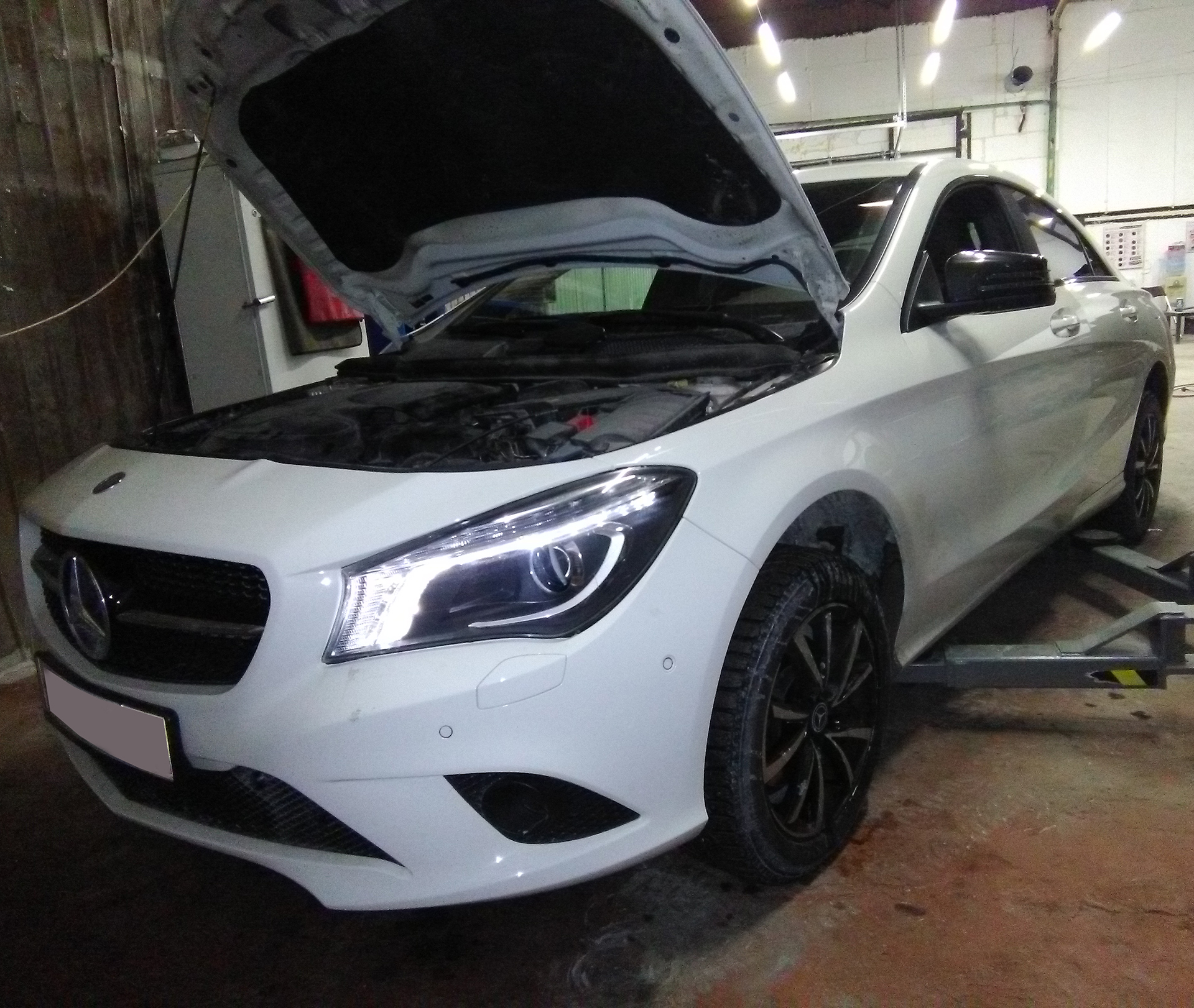 Техническое обслуживание Mercedes-Benz CLA200