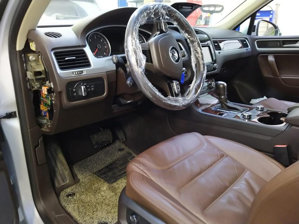 Устранение скрипов на Volkswagen Touareg NF